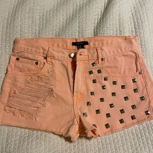 Never worn forever 21 size 28